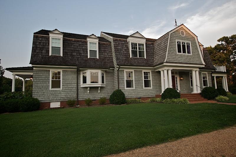 New england style estate mako builders inc for House dijain photo
